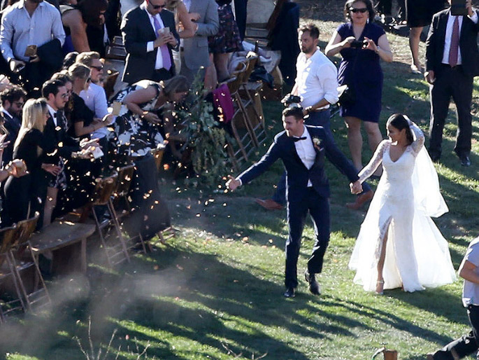 Jamie Chung And Bryan Greenberg Are Officially Married On Halloween Day!