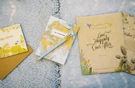 Let's Choose Your Wedding Bouquet, Invitation and Souvenirs!