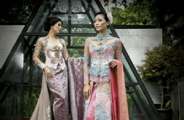 Sweet Elegance Gaia Kebaya & Nita Songket