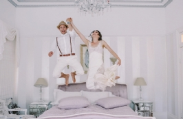 9 Good  Reasons to  Heat  Up Your Sex Life