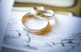 Cincin Kawin Unik Dengan Desain Cantik