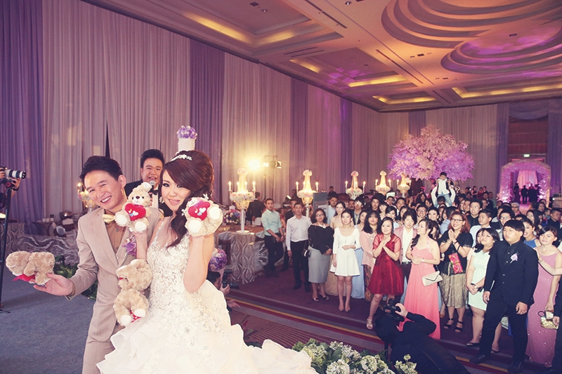 The Rustic Wedding Of Herry And Amanda Dominated With Purple And Silver Colors In Pullman Jakarta Central Park