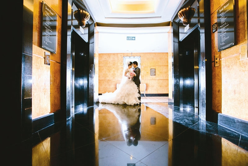 Glamor Wedding Theme In Dharma & Chana's Wedding, In InterContinental Jakarta MidPlaza