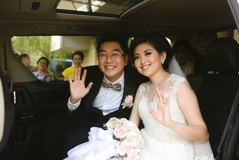 Peranakan Style Wedding For Hendra & Lesli In Shangri-La Hotel, Jakarta