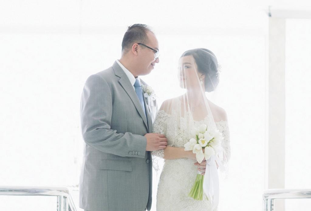 Sanddy & Katarina's Classic and Romantic Wedding At K-Link Tower Ballroom