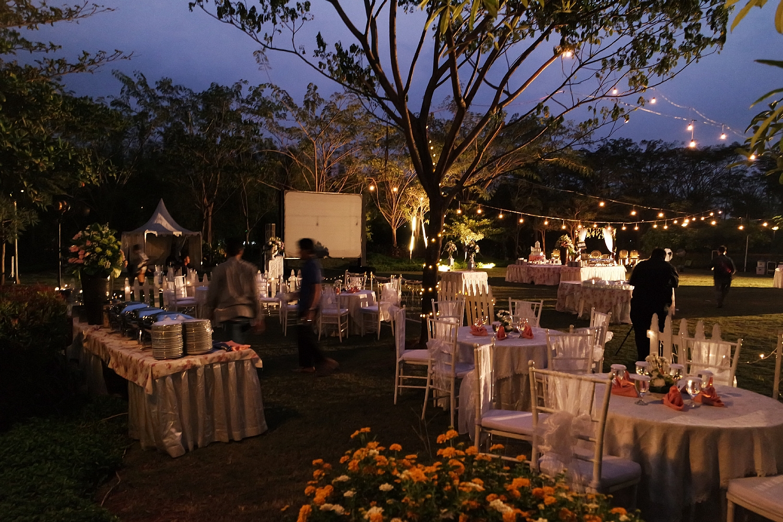 Wedding Outdoor At Ecopark Clubhouse Jakarta Garden City