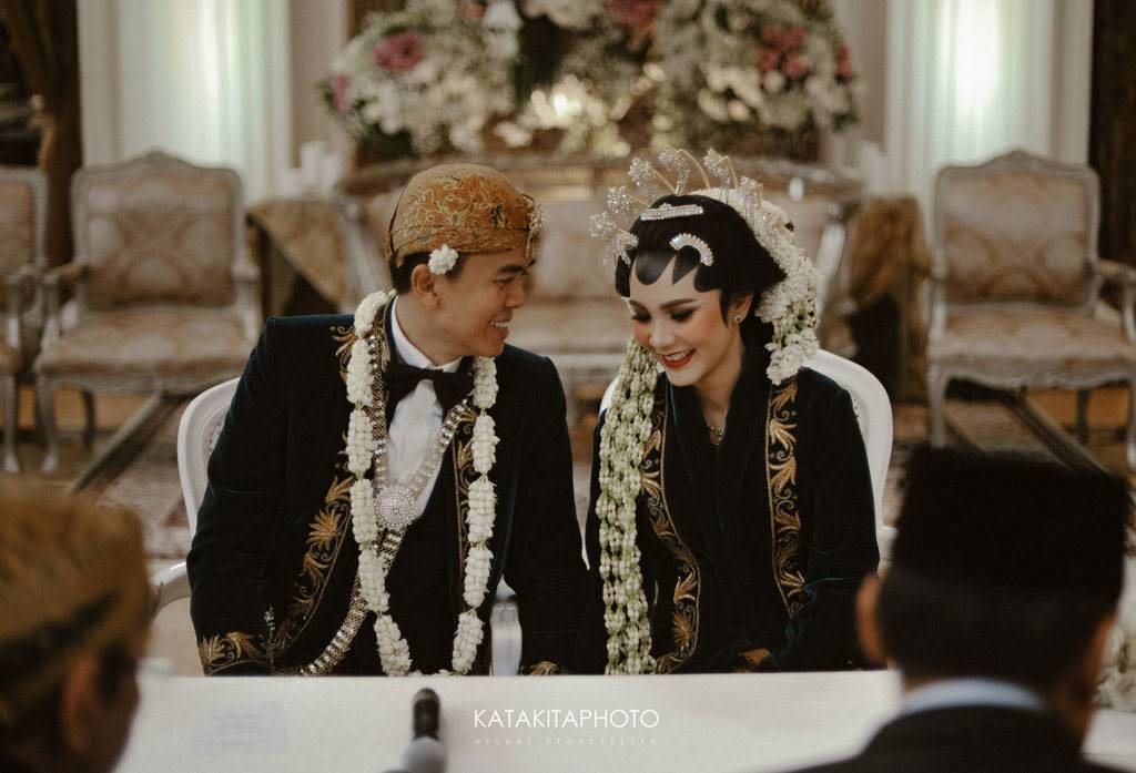 4 Jenis Kebaya Untuk Pengantin Jawa Weddingku Com