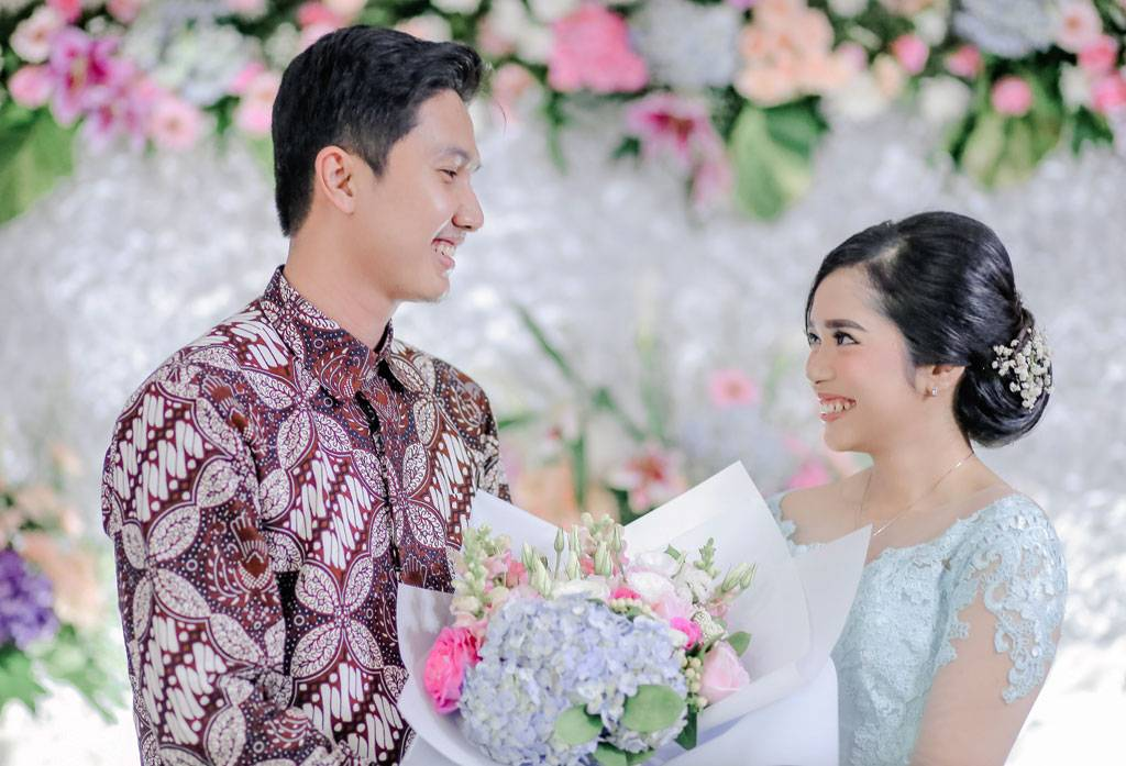 Keseruan Siapkan Lamaran Sendiri Weddingku Com