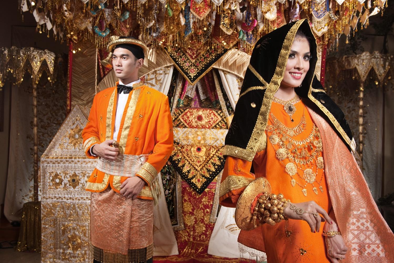 Busana Pengantin Koto Gadang  Weddingku.com