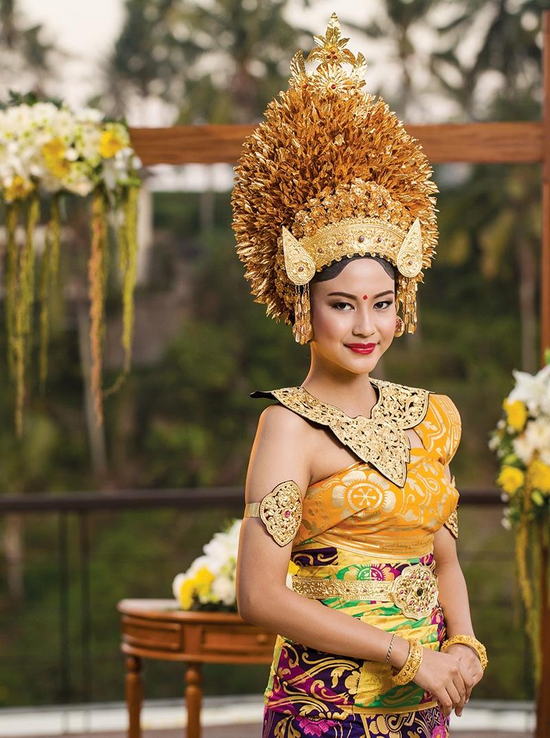 Pancaran Agung Busana PENGANTIN BALI  Weddingku.com