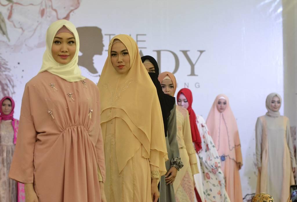 The Lady Boutique Menyediakan Busana Dari 28 Desainer Weddingku Com