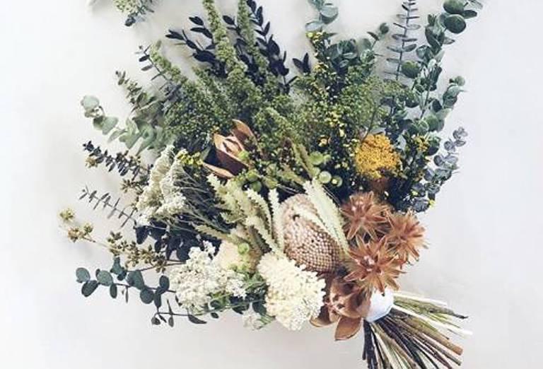 Abadikan Kenangan Terindah Dengan Dried Flower Weddingku Com