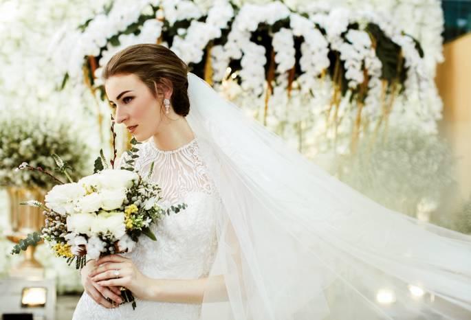 timeless all white wedding