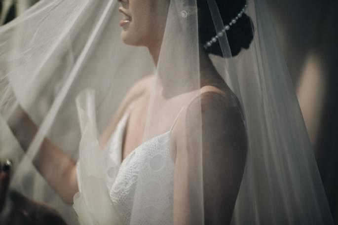 Mendesain Gaun Pengantin atau Menyewanya? 5 Pilihan Untuk Calon Pengantin Wanita!