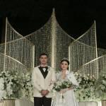 Ali Syakieb dan Margin Wieheerm Menikah Dengan Tema Pesta Taman Romantis