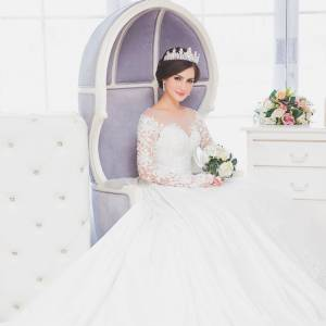 Kaneta Wedding Boutique