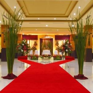 Orchardz Hotel Jayakarta Home Weddingku Com