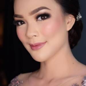 Bennu Makeup