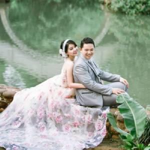 Ricky L Photo & Bridal