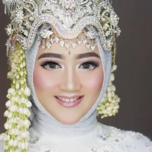 Molita Wedding