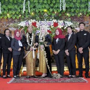 azza wedding solo