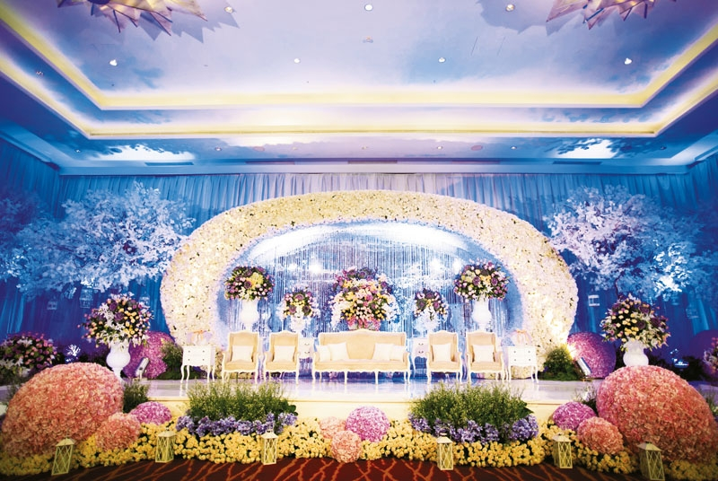 Wedding decoration bandung image collections wedding dress wedding decoration jakarta lotus wedding dress decore ideas lotus wedding decoration bandung gallery wedding dress decoration junglespirit Gallery
