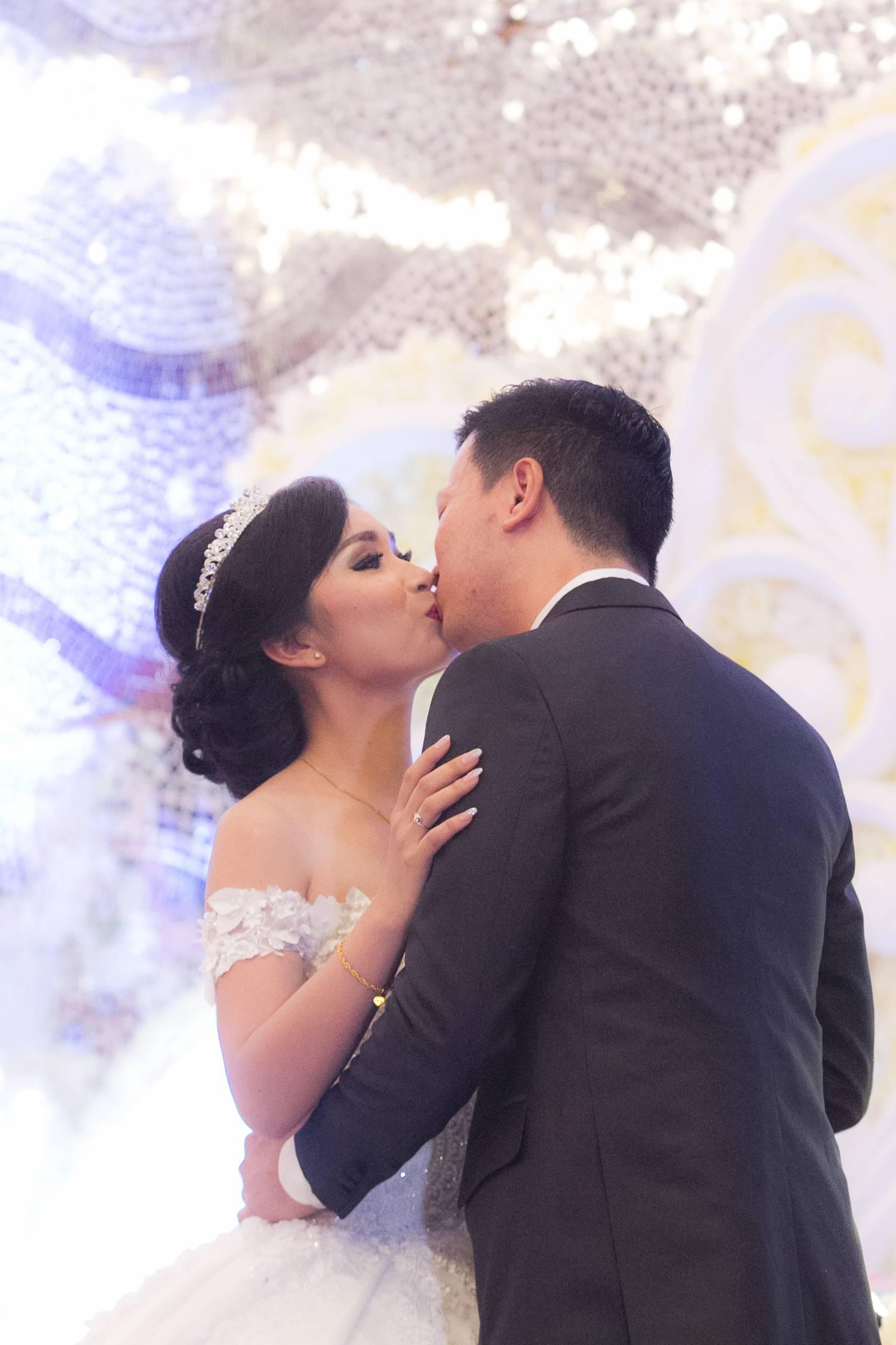 Grand Wedding at Merylnn Park 7