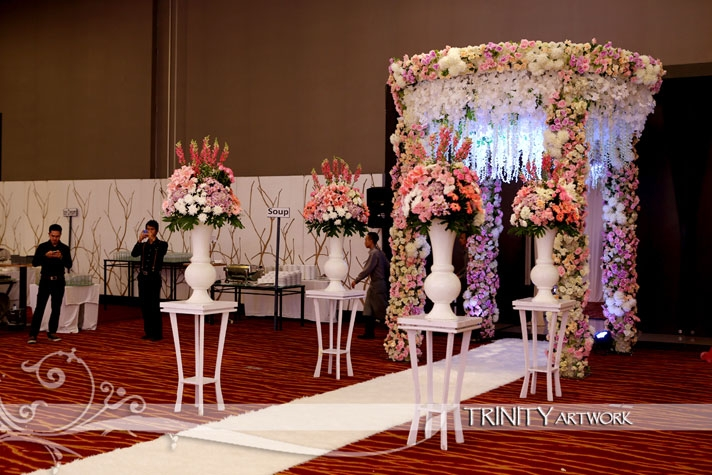 Weddingku komunitas wedding honeymoon indonesia weddingku hilton bandung trinity artwork junglespirit Choice Image