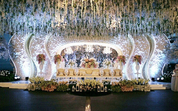D value wedding decoration bandung gallery wedding dress d value wedding decoration bandung junglespirit Choice Image