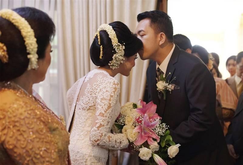 Inspirasi Pernikahan Batak Nan Elegan Di Maria Convention Hall