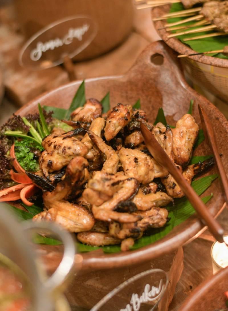 Menu tradisional Bali pada welcome dinner