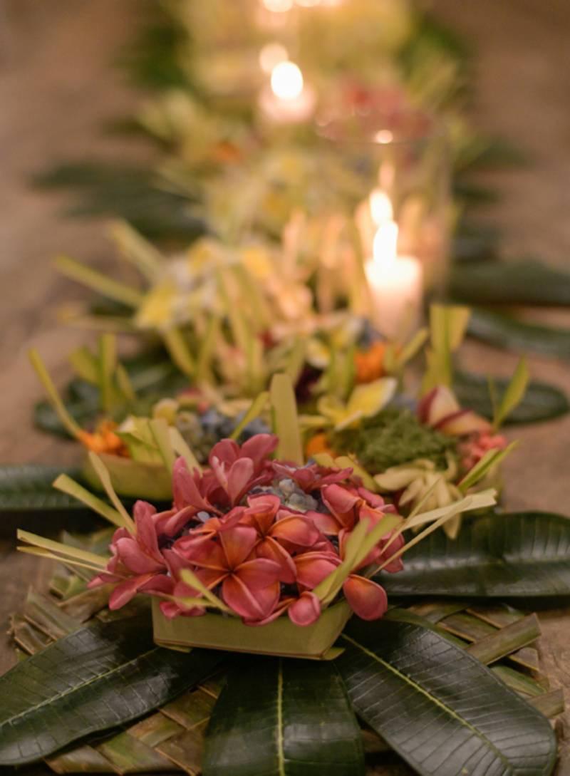 Canang khas Bali berisi sesaji