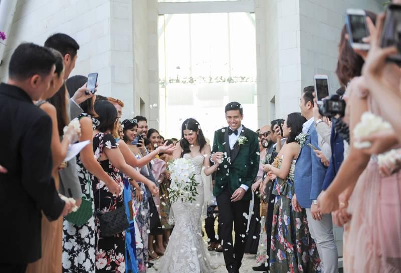 Kebahagiaan setelah upacara pernikahan