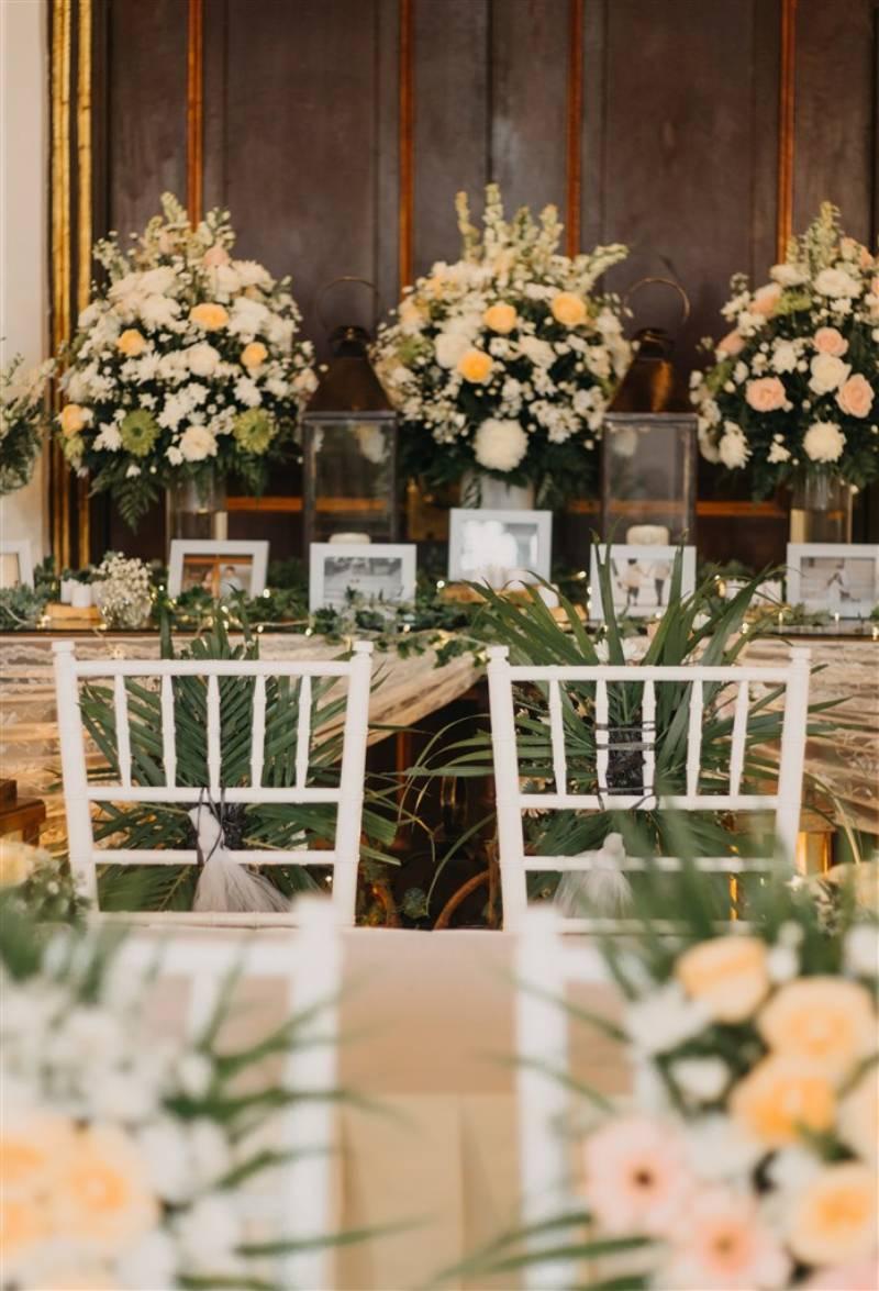 Dekorasi meja akad yang soft pastel