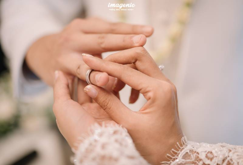 Sebaliknya, Kyku pun mengikat Ge dengan cincin di jari manis
