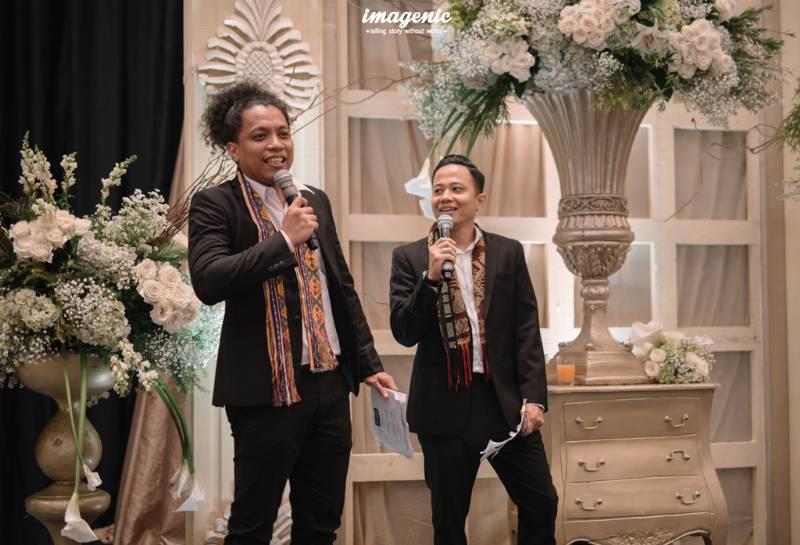 Arie Kriting & Muhadkly, dua sahabat Ge yang menjadi MC resepsi pernikahan