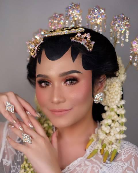 Makeup Akad + Hairdo/Hijabdo
