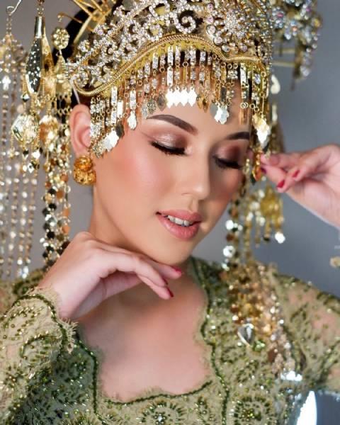 Makeup  Akad Tradisional
