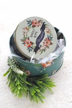 Green Floral Tin Can S