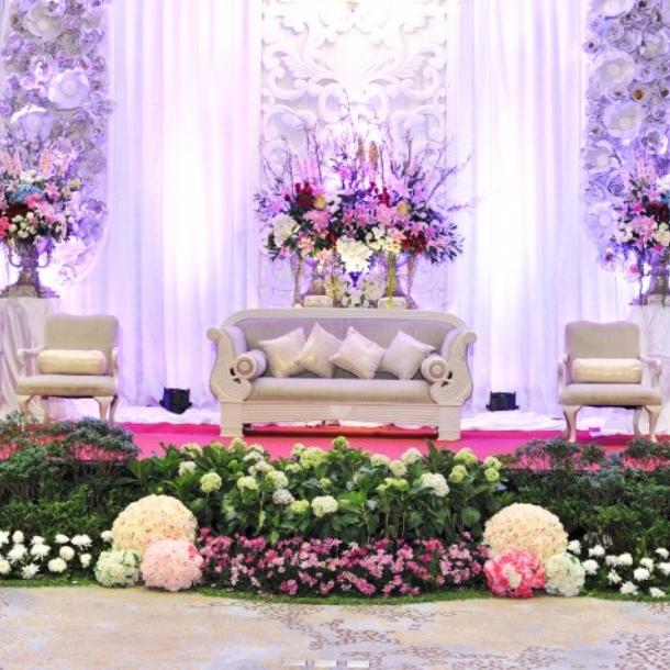 Loveliness wedding package by novotel tangerang weddingku junglespirit Images